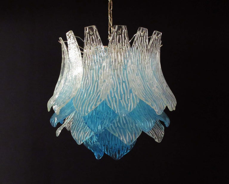 Talian Vintage Murano Glass Chandelier, 38 Glasses, Blue and Trasparent For Sale 7