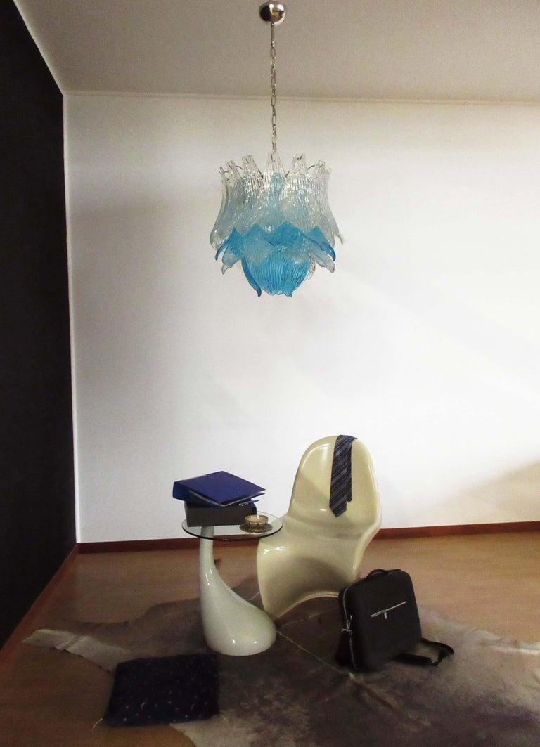 Talian Vintage Murano Glass Chandelier, 38 Glasses, Blue and Trasparent In Good Condition For Sale In Gaiarine Frazione Francenigo (TV), IT