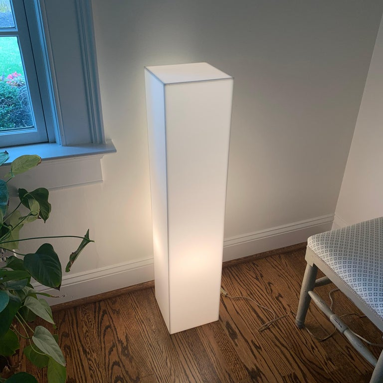 Tall 1970s Electrified White Lucite or Acrylic Pedestal Stand Display Column For Sale 3