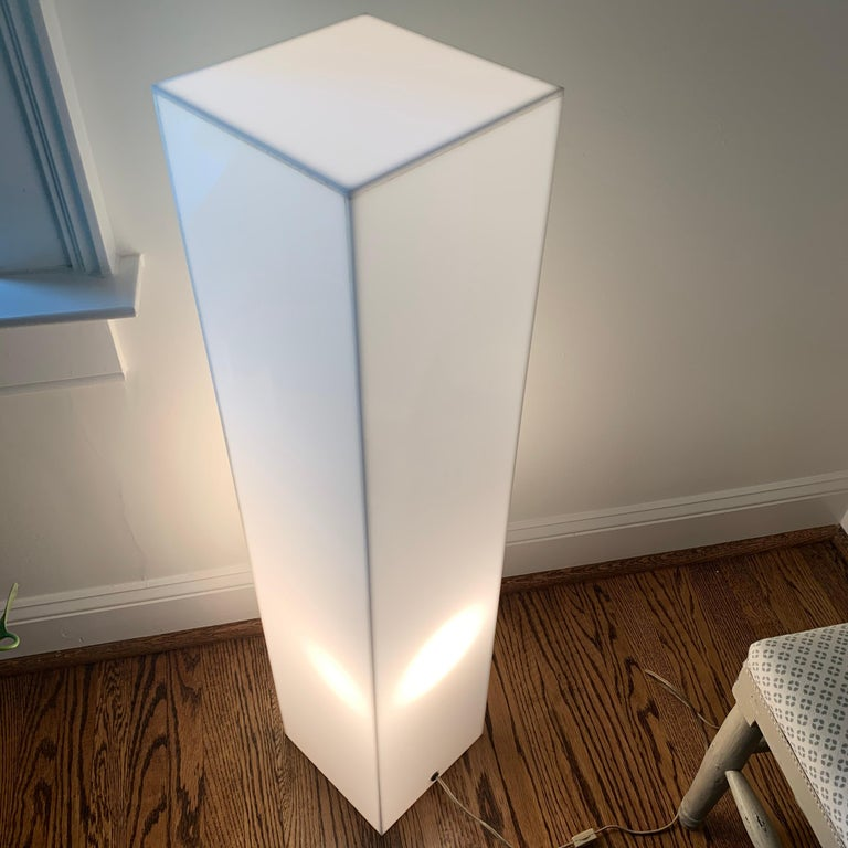 Tall 1970s Electrified White Lucite or Acrylic Pedestal Stand Display Column For Sale 2