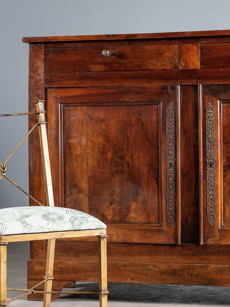 Tall Antique French Walnut Buffet Credenza, circa 1820 In Good Condition For Sale In Houston, TX
