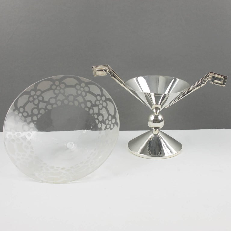 Mid-20th Century Tall Art Deco Silver Plate and Etched Glass Chalice Centerpiece Bowl For Sale