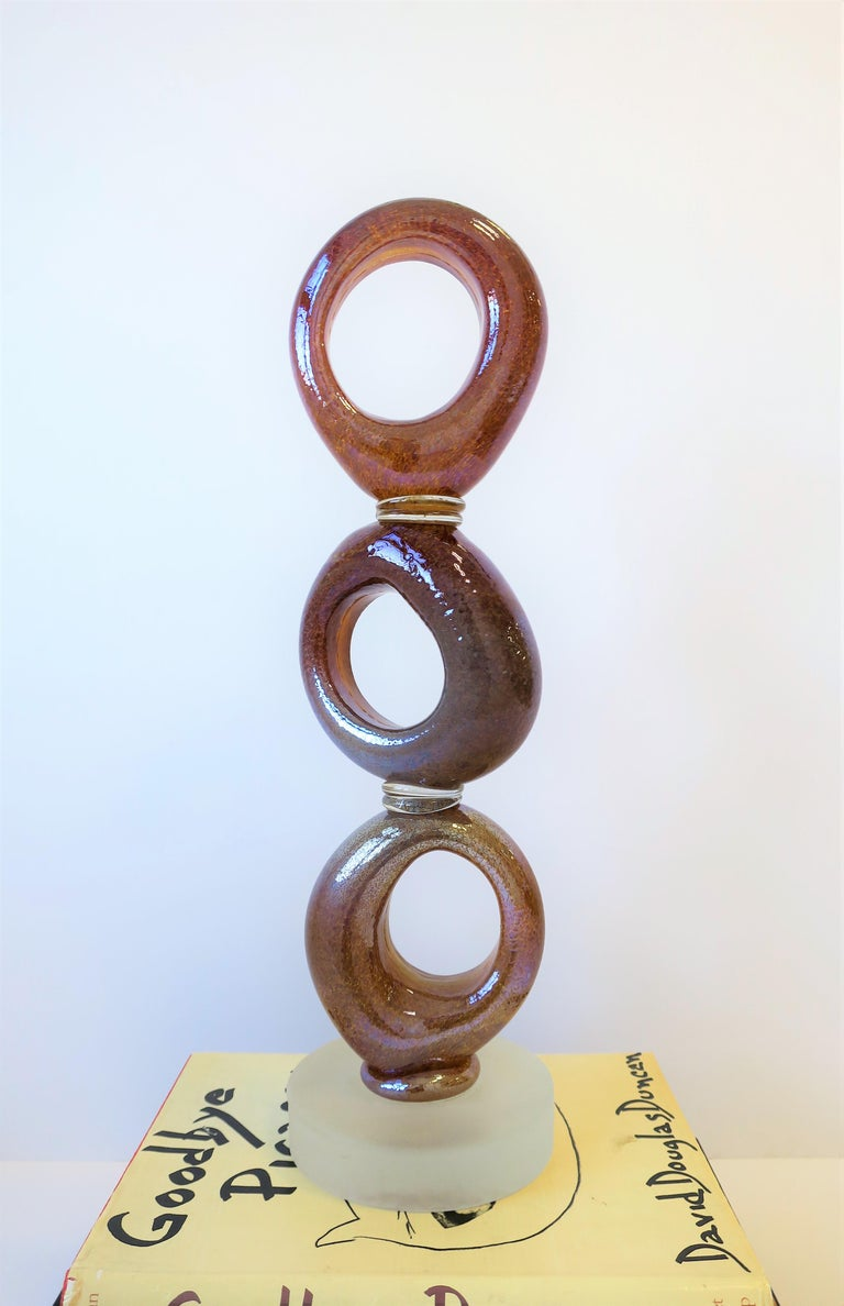 Tall Art Glass Sculpture Piece, circa 2000s In Good Condition For Sale In New York, NY
