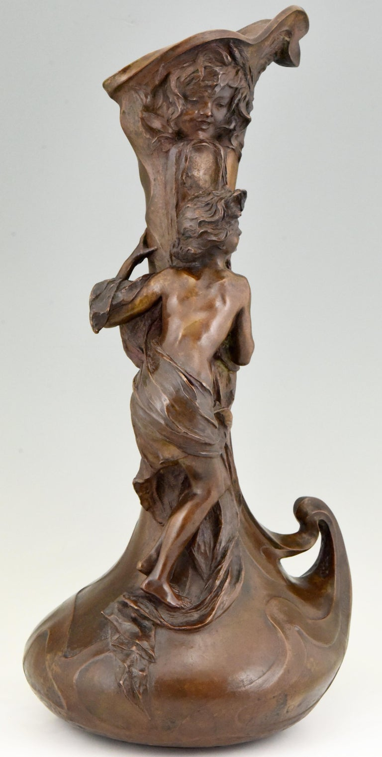 Tall Art Nouveau Bronze Vase Lady at a Fountain Lucas Madrassi, France, 1900 For Sale 1