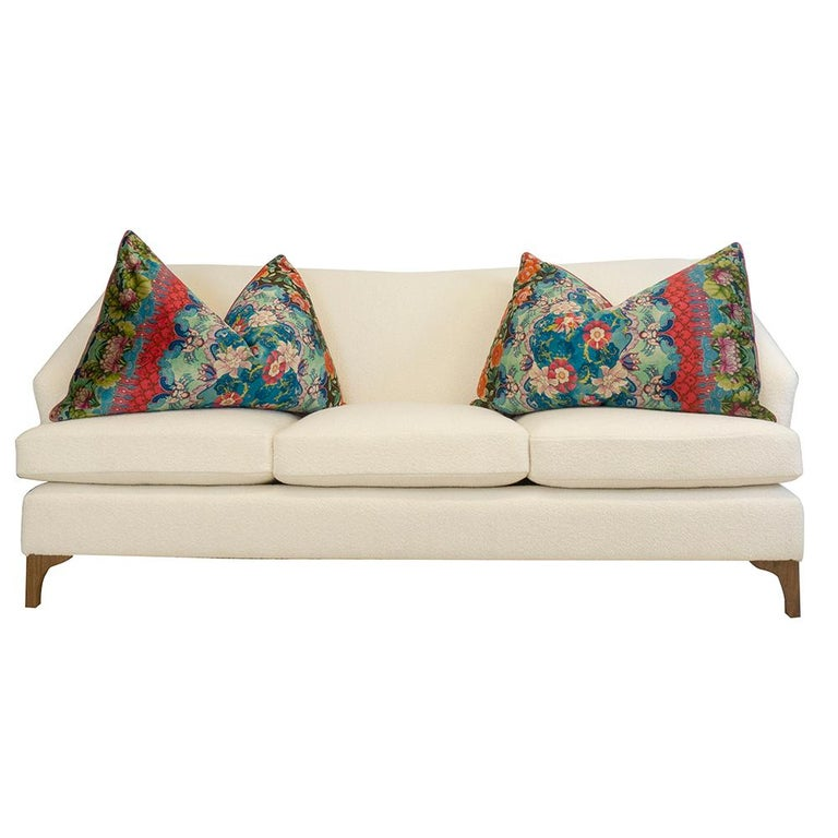 Winged Sofa with Tall Back and Loose Cushions In New Condition For Sale In Greenwich, CT