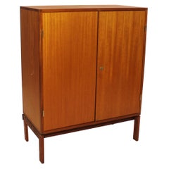 Tall Cabinet in Light Mahogany, Model M40, Henning Jensen and Torben Waleur