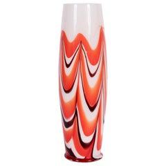 """Tall Carlo Moretti Burgunderfarben, Orange und Weiße """"Marmorierte"""" Murano Vase, circa 1970"""
