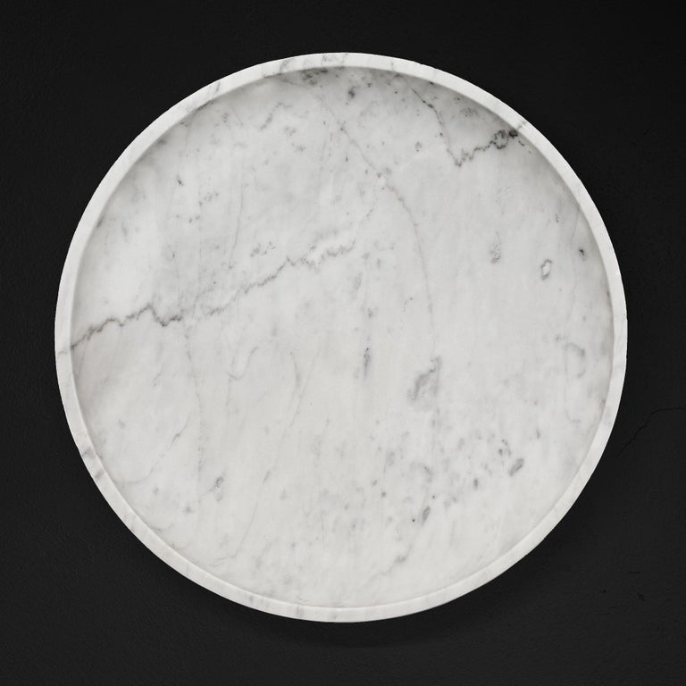 Contemporary Tall Container Centrepiece Vessel in Carrara Marble from the Mirage Collection For Sale