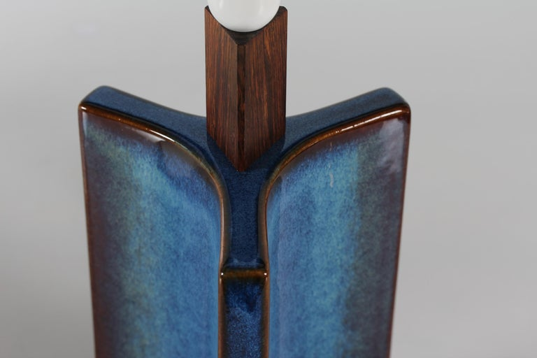 Tall Danish Sculptural Ceramic Table Lamp with Blue Glaze Made by Søholm, 1960s For Sale 5