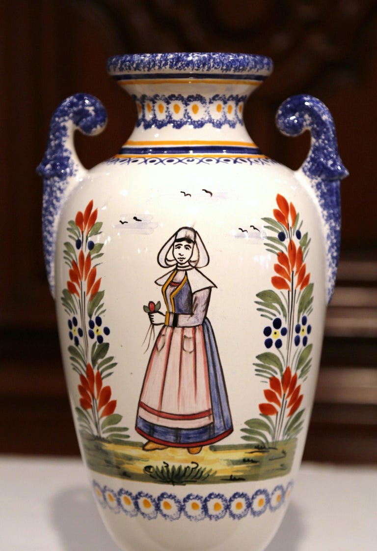 Hand-Crafted  Early 20th Century French Hand-Painted Faience Vase Signed Henriot Quimper For Sale