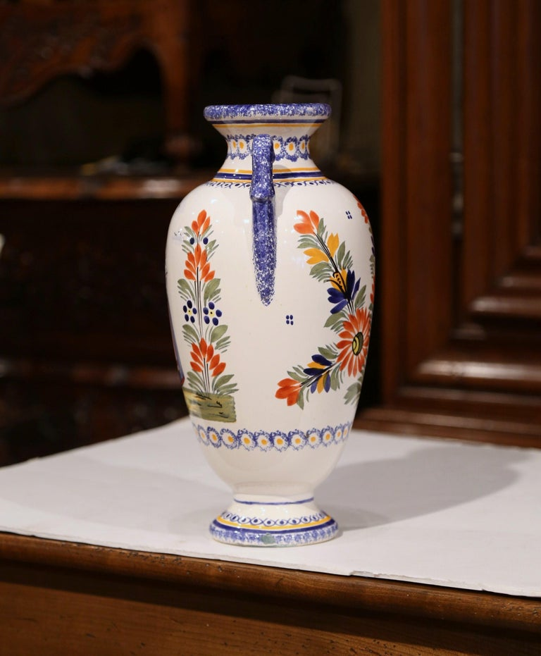 Early 20th Century French Hand-Painted Faience Vase Signed Henriot Quimper For Sale 2