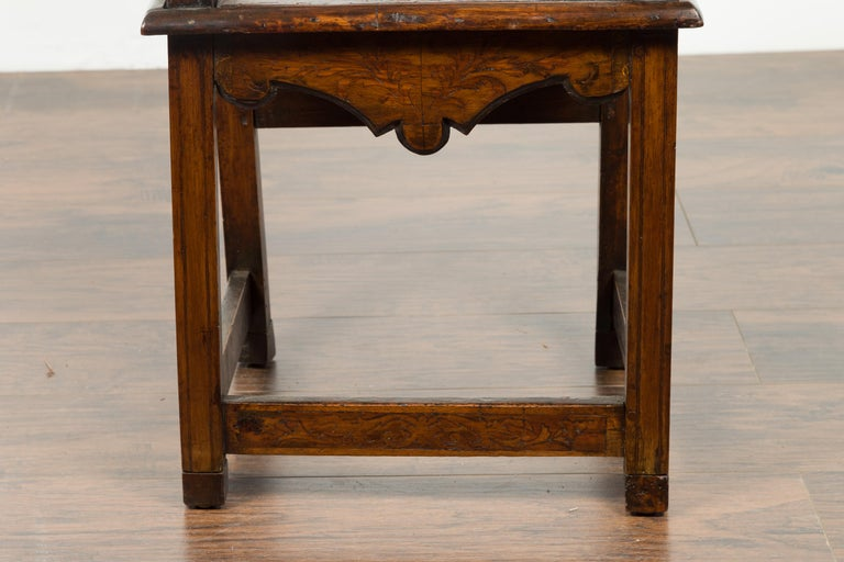 Tall English Georgian Wooden Armchair with Carved Cartouche, circa 1800-1820 For Sale 7