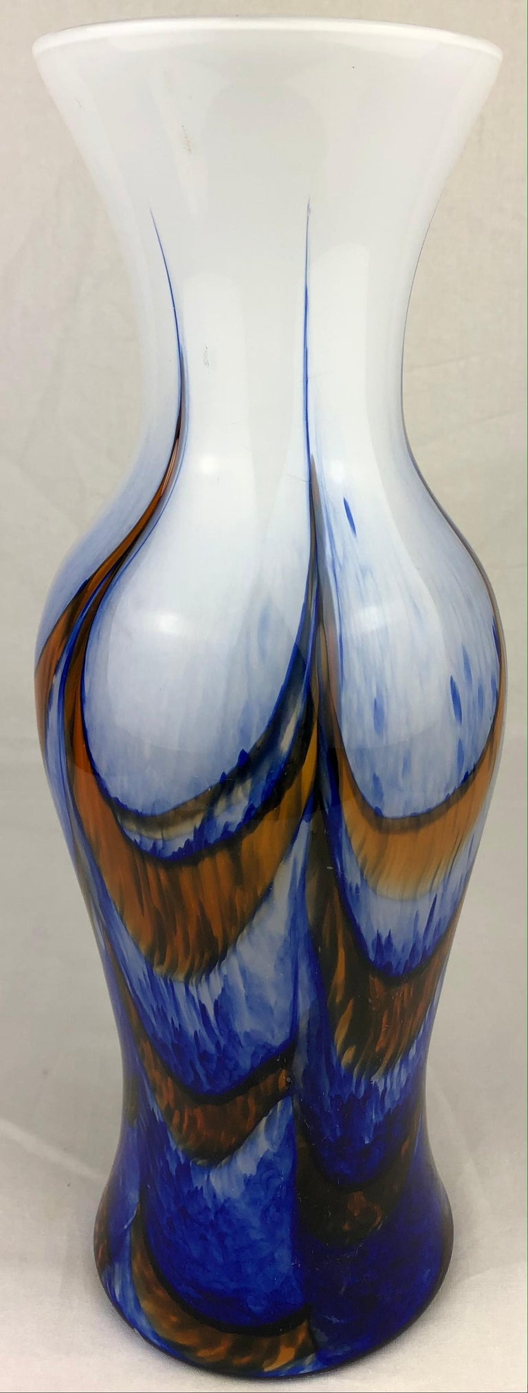 Tall French Midcentury Art Glass Vase Attributed to Schneider Glassworks For Sale 2