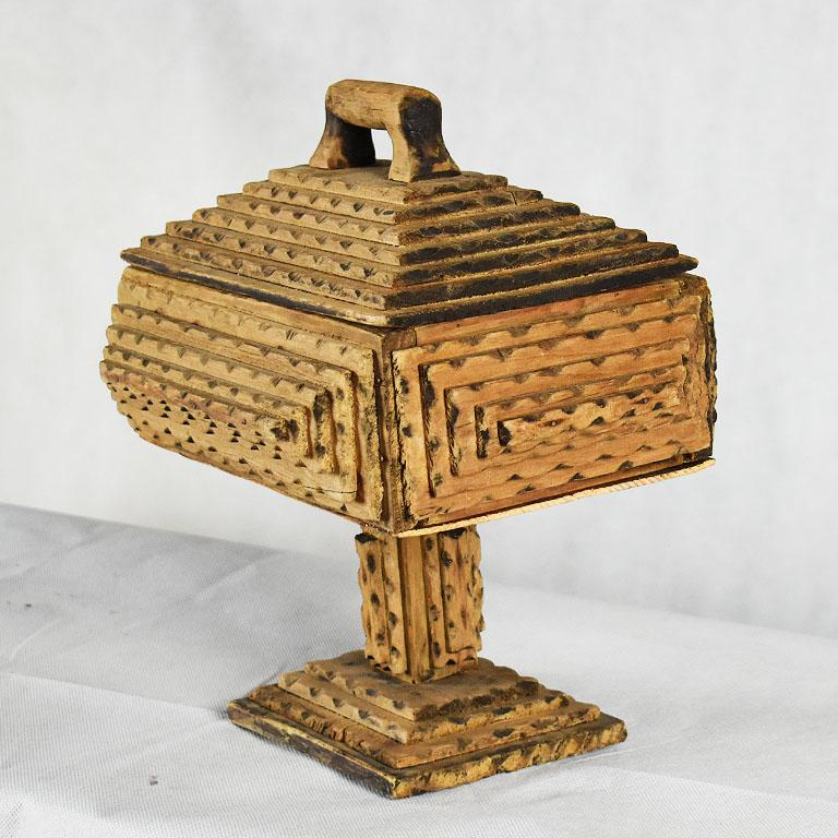 Tall Hand Carved Wood Tramp Art Keepsake Box with Lid on Stand For Sale 2