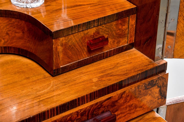Tall Italian Art Deco Bar Cabinet with Marquetry and Mirrored Interior For Sale 5