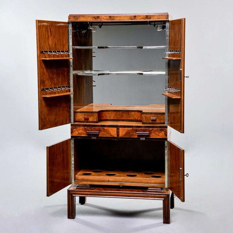 Tall Italian Art Deco Bar Cabinet with Marquetry and Mirrored Interior For Sale 2
