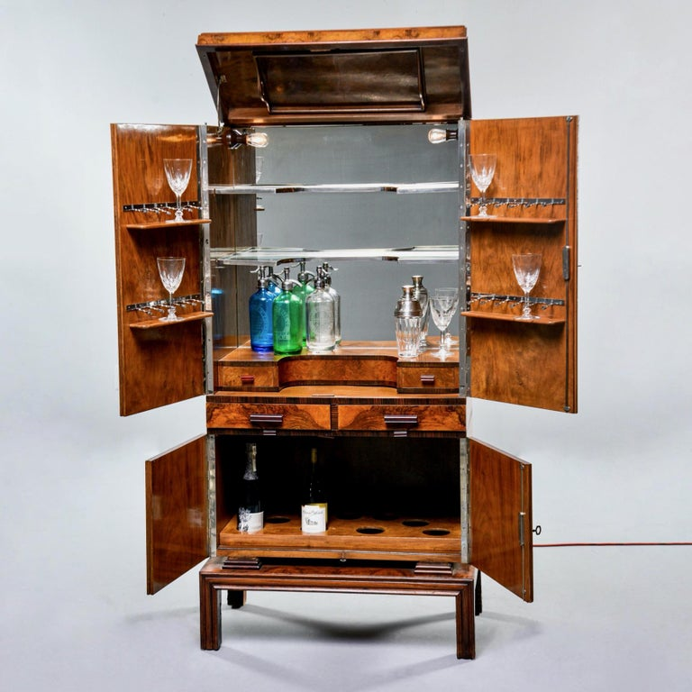 Tall Italian Art Deco Bar Cabinet with Marquetry and Mirrored Interior For Sale 3