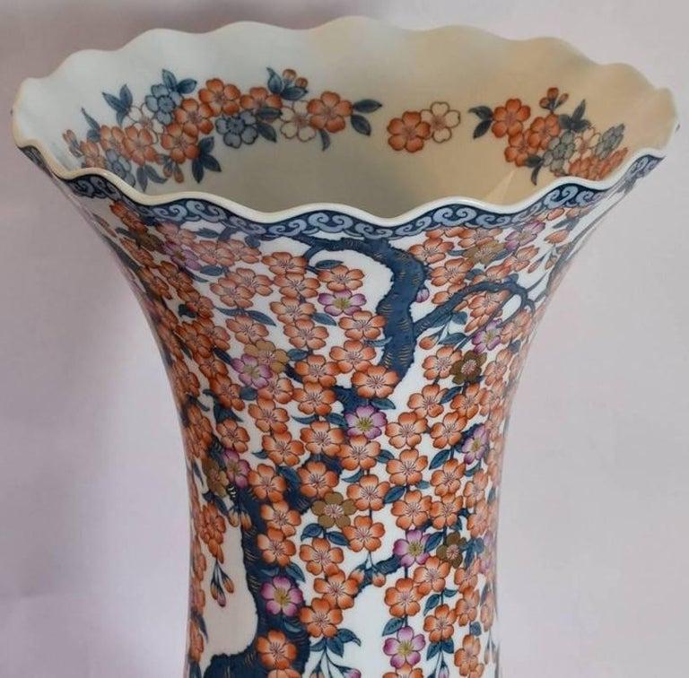 Japanese Hand-Painted Massive Imari Porcelain Vase by Master Artist For Sale 3