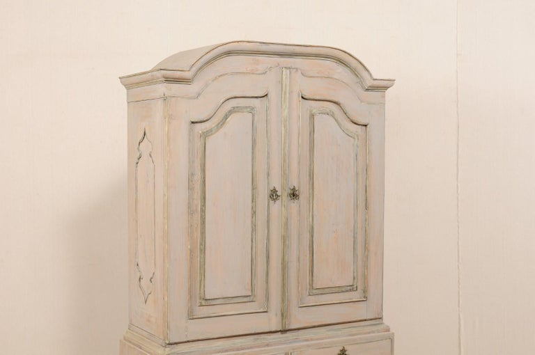 An 18th Century Swedish Period Rococo Tall Painted Woo Cabinet w/Arched Pediment In Good Condition For Sale In Atlanta, GA