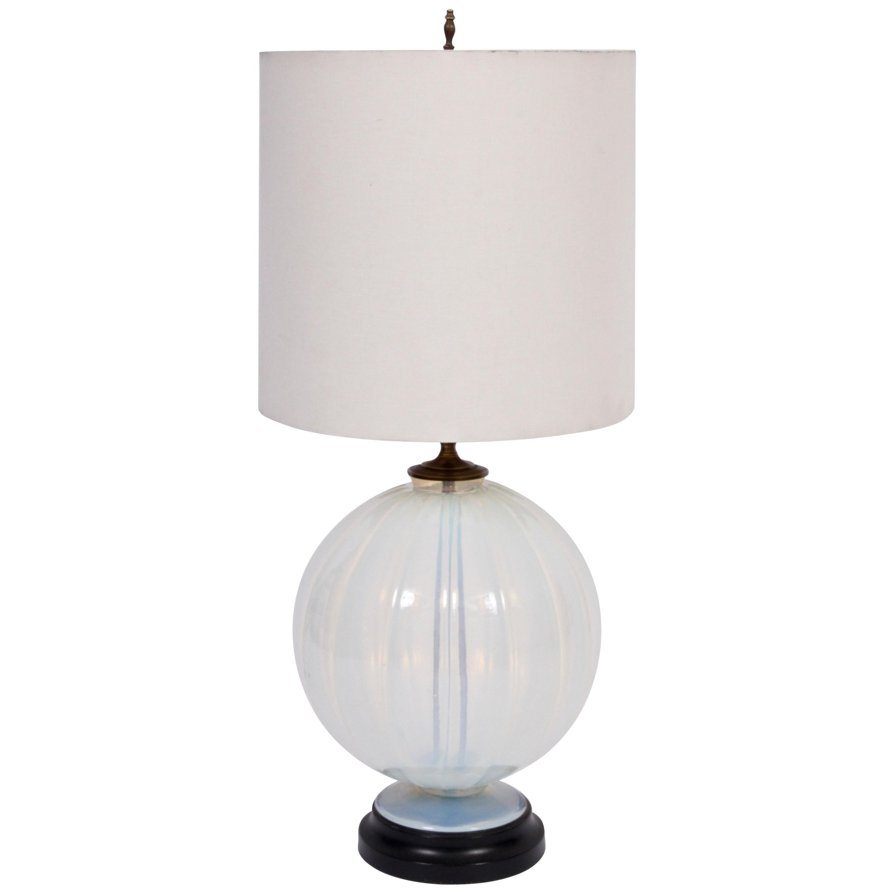 Tall Marius-Ernest Sabino Opalescent Glass Table Lamp, 1930s