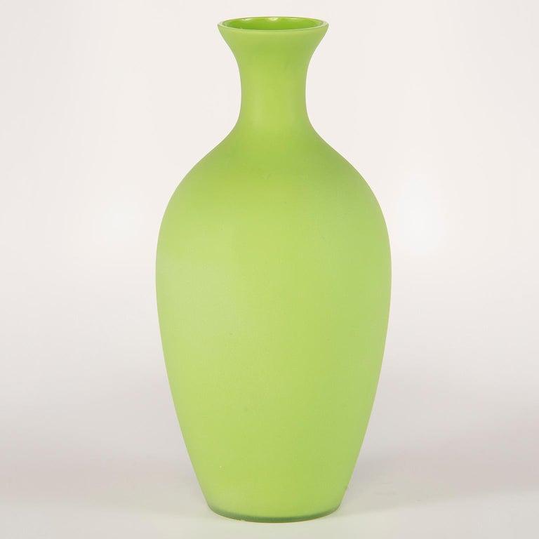 Mid-Century Modern Tall Midcentury Cenedese Murano Glass Green Vase For Sale
