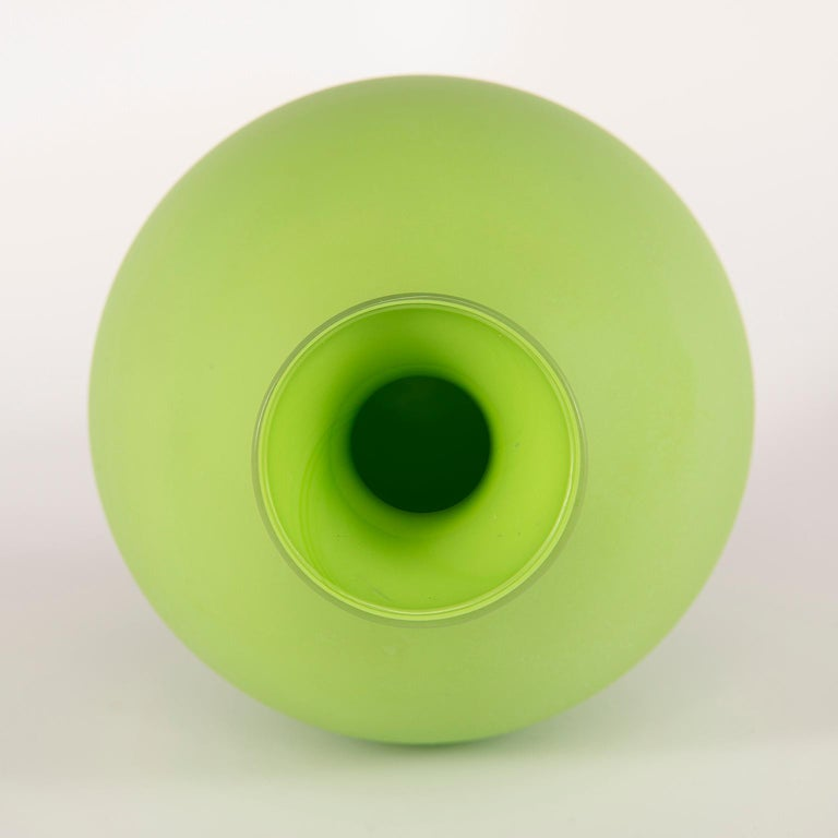 Italian Tall Midcentury Cenedese Murano Glass Green Vase For Sale