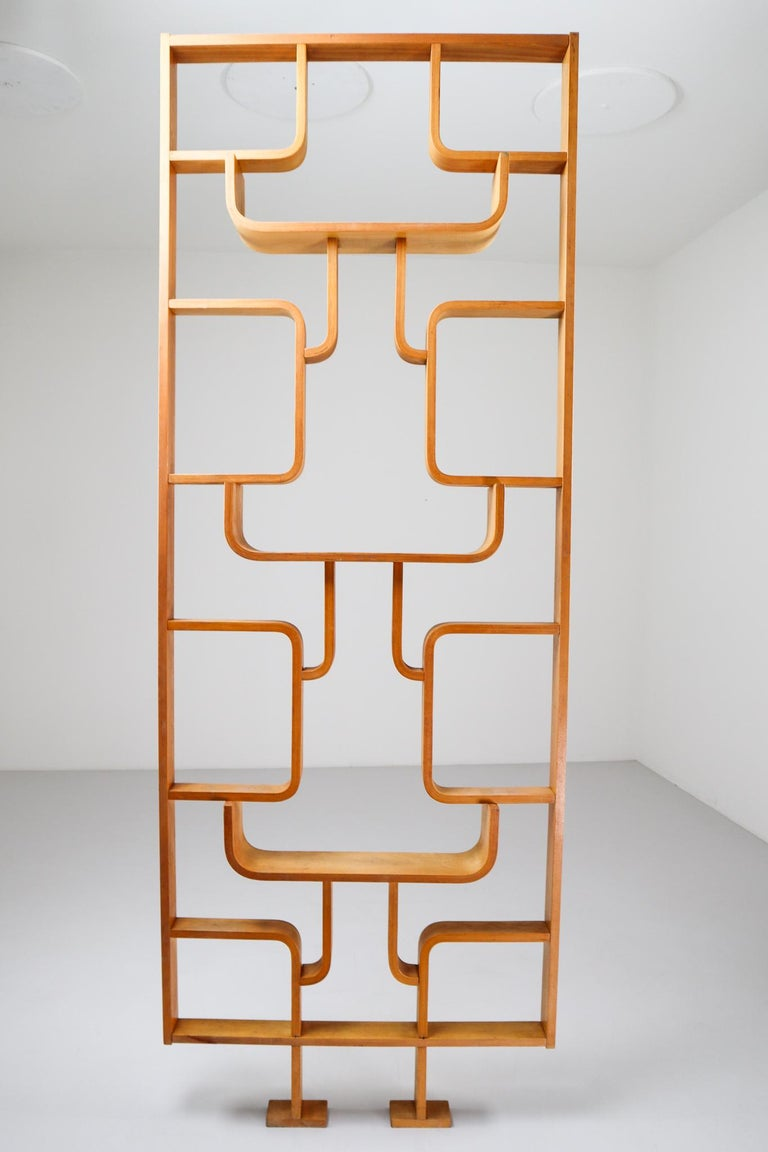 Tall Midcentury Room Divider in Blond Bentwood, Czech Republic, 1960s For Sale 2