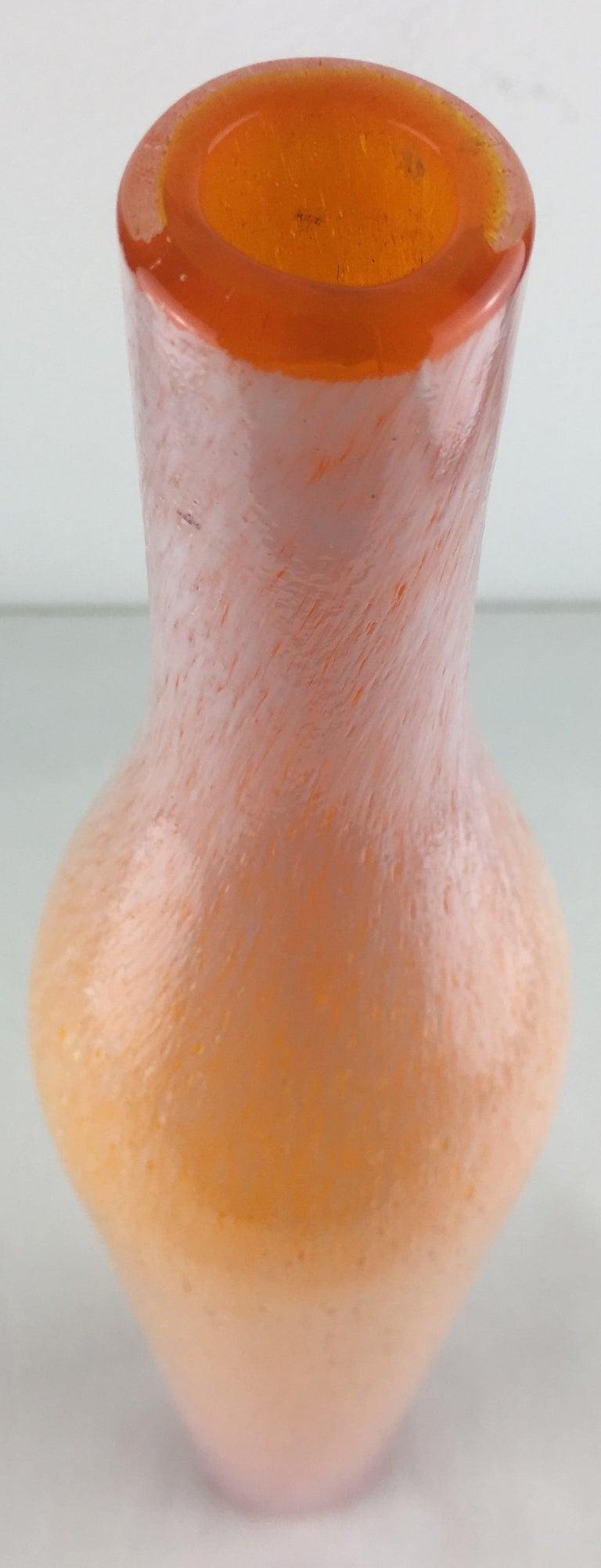 Tall Murano Art Glass Flecks Flower Stem Vase In Good Condition For Sale In Arles, FR
