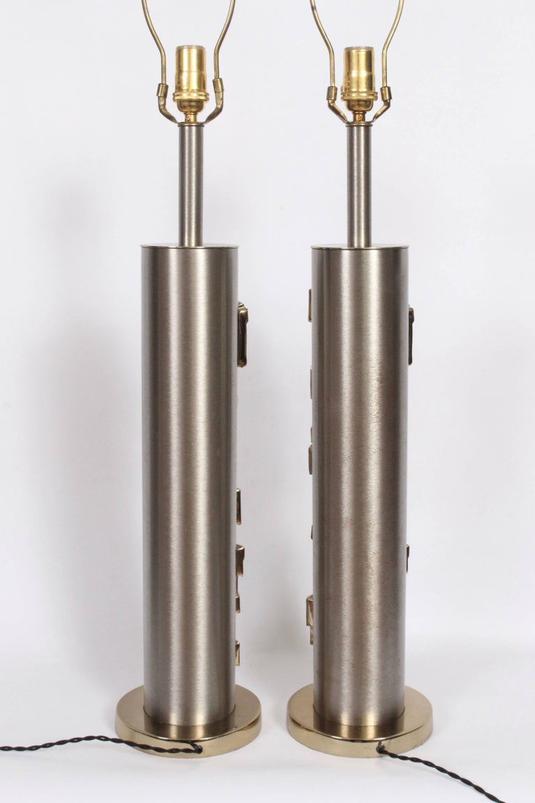 American Tall Pair of Laurel Lamp Co. Brushed Steel & Brass Relief Brutalist Table Lamps For Sale