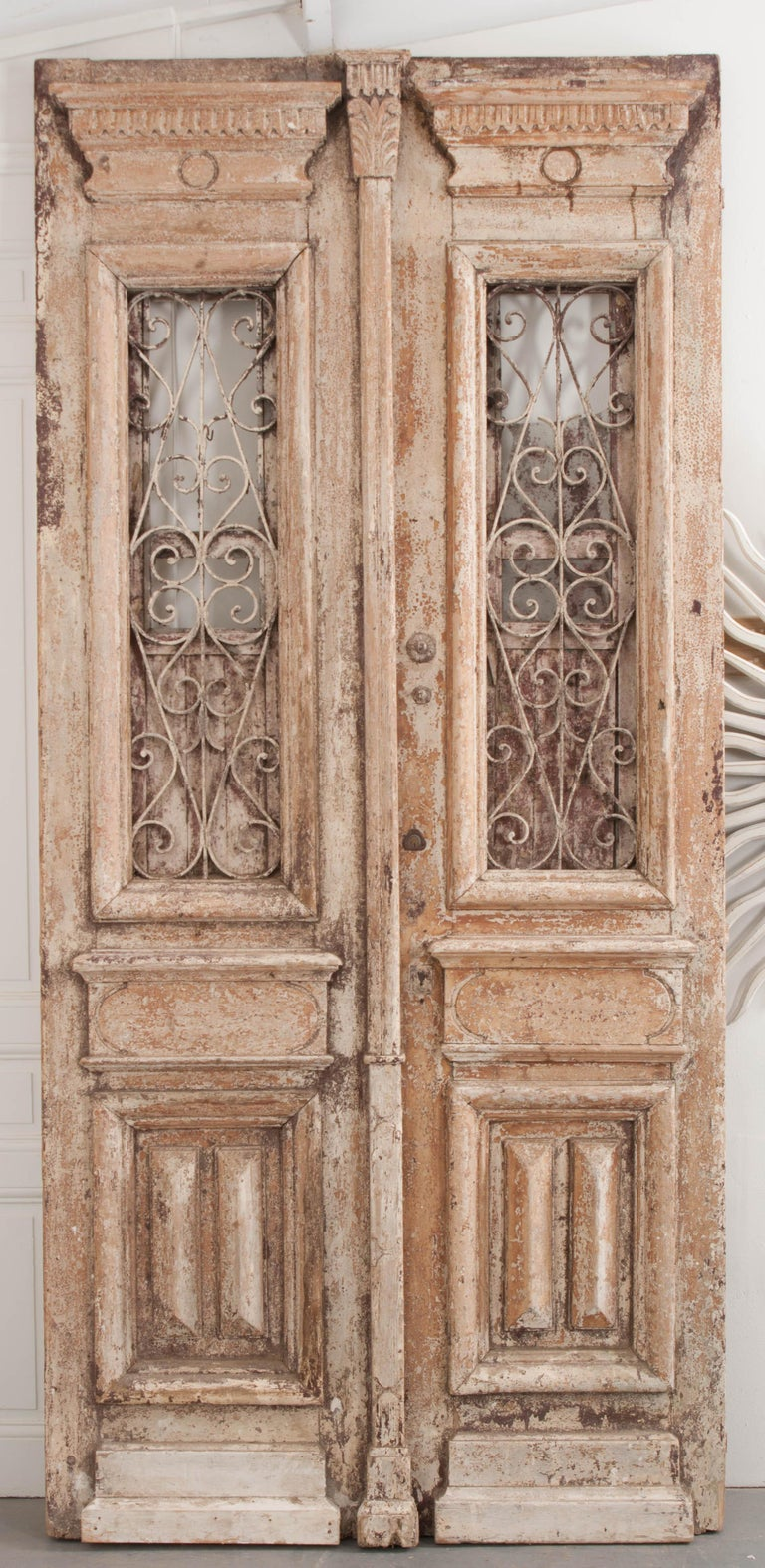 Tall Pair of Napoleon III-Style Painted Pine and Wrought-Iron Entrance Doors For Sale 2