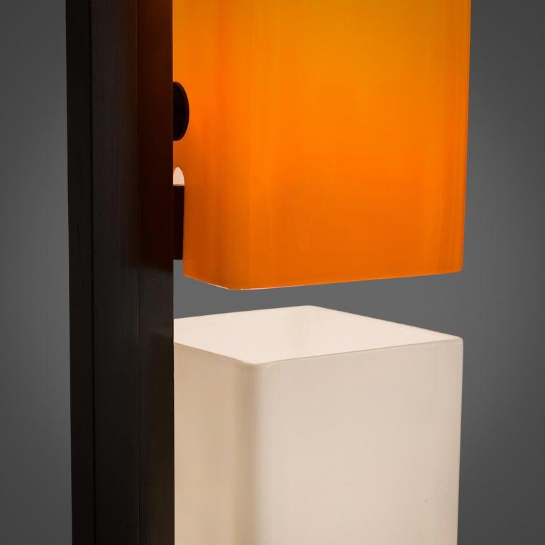 Late 20th Century Tall Postmodern Italian Glass Floor Lamp For Sale