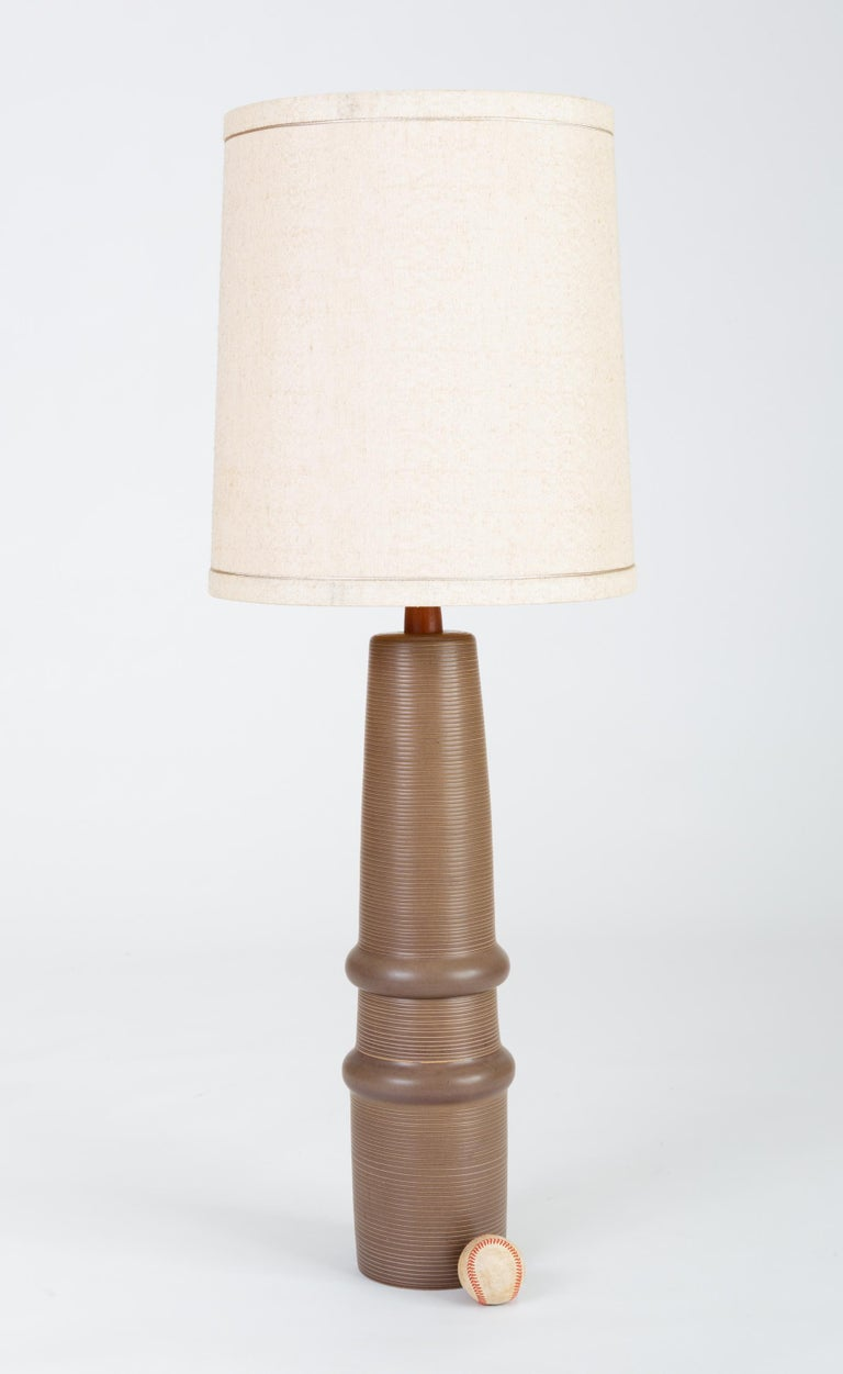 Mid-Century Modern Tall Stoneware Lamp by Gordon and Jane Martz for Marshall Studios For Sale
