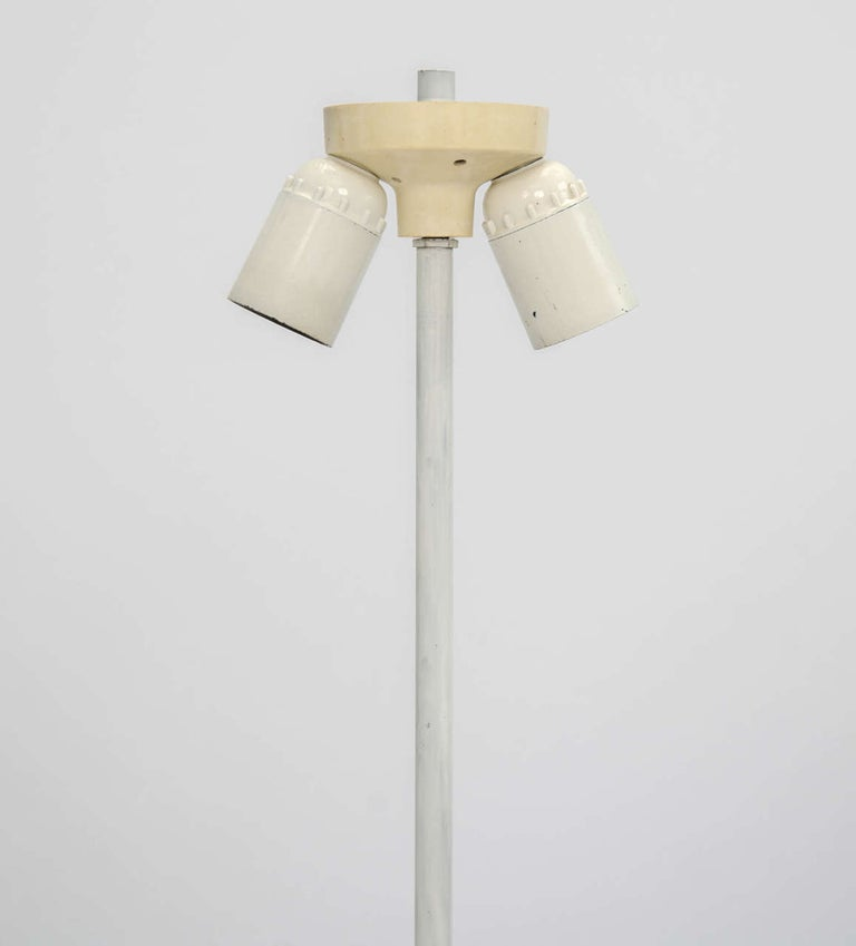 Tall White Midcentury Ceramic Table Lamp, in the Shape of a TV Tower, European For Sale 2