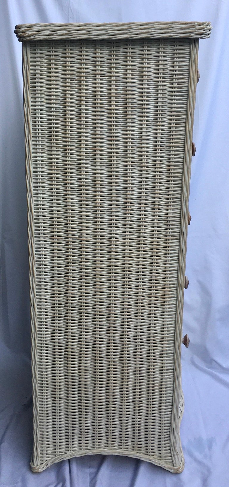 Mid-Century Modern Tall Wicker Curved Serpentine Lingerie Chest of Drawers For Sale