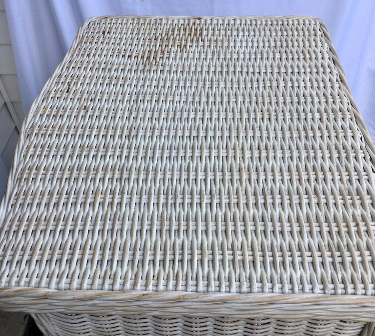 Tall Wicker Curved Serpentine Lingerie Chest of Drawers For Sale 4