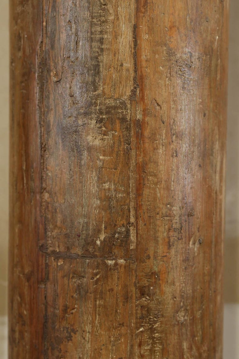 Tall Vintage Wooden Load Bearing Columns In Good Condition For Sale In Houston, TX