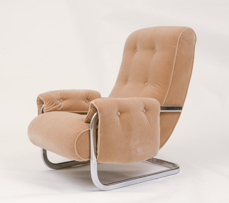 Mid-Century Modern Tan Brown Mohair Velvet Large Lounge Chairs, Guido Faleschini, 1970's, Italy