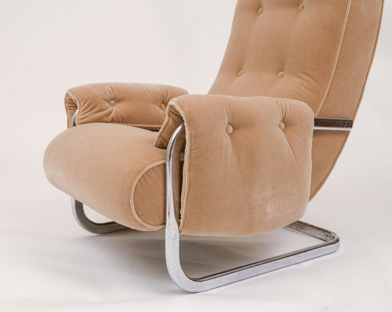 Italian Tan Brown Mohair Velvet Large Lounge Chairs, Guido Faleschini, 1970's, Italy