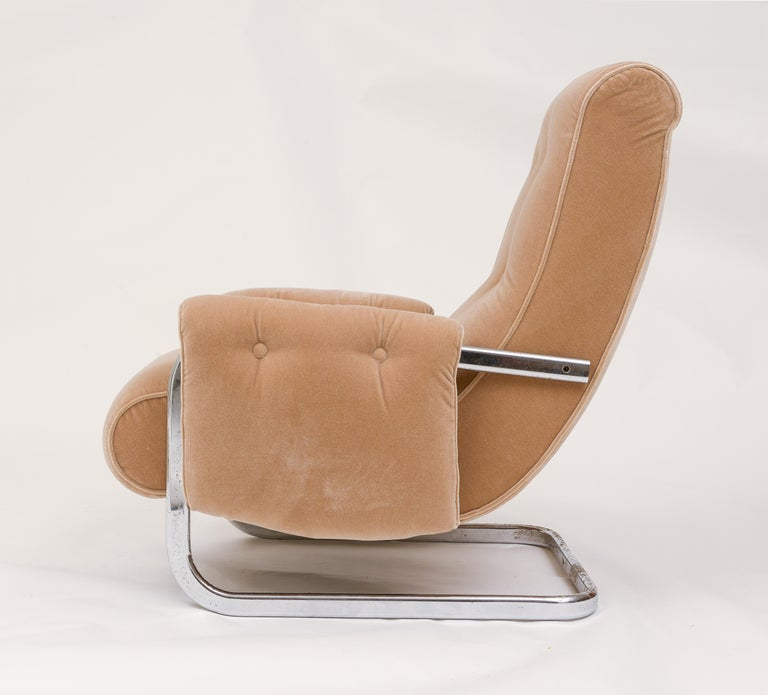 Tan Brown Mohair Velvet Large Lounge Chairs, Guido Faleschini, 1970's, Italy In Good Condition In New York, NY