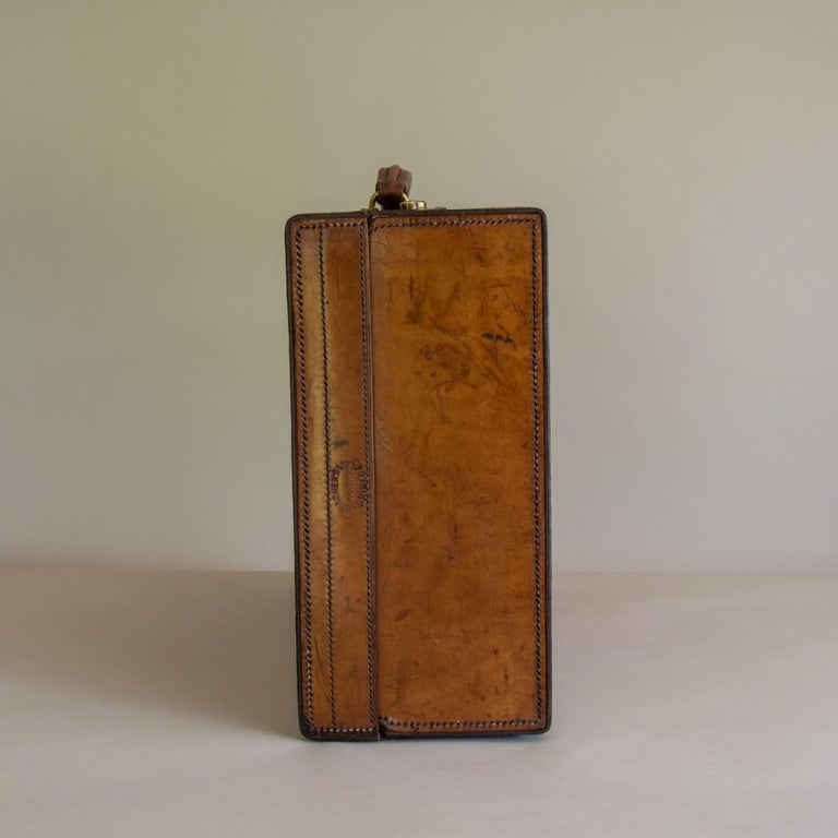 Tan Leather Suitcase, circa 1900. For Sale 6