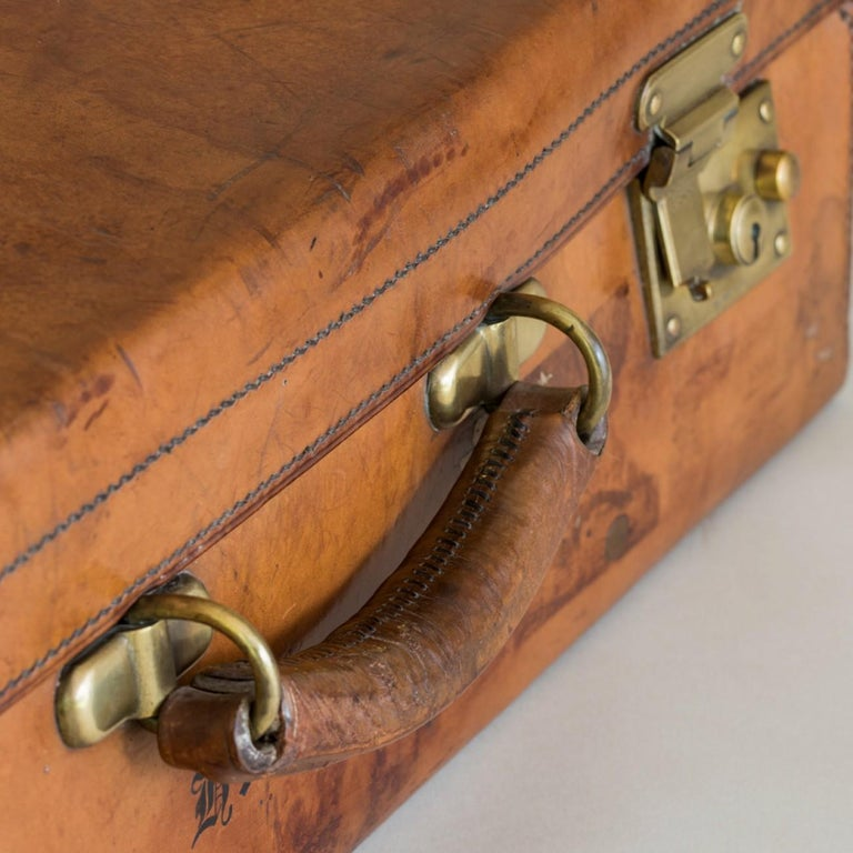 Tan Leather Suitcase, circa 1900. For Sale 10