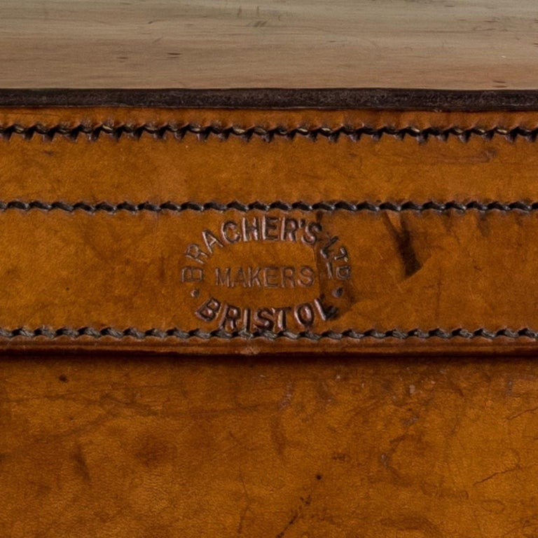 Tan Leather Suitcase, circa 1900. For Sale 12