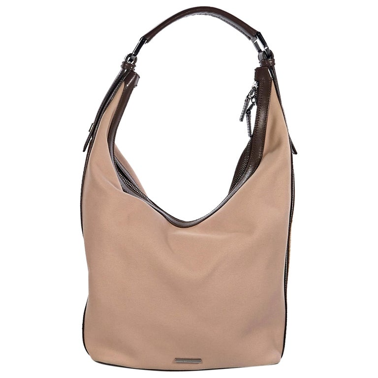 5181f37d3 Tan Vintage Gucci Canvas Hobo Bag For Sale at 1stdibs