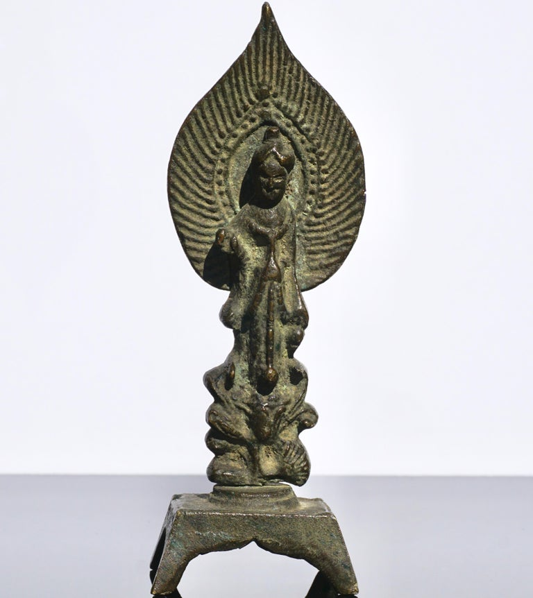 Tang Dynasty Bronze Buddha, 618AD-907AD In Good Condition For Sale In Dallas, TX