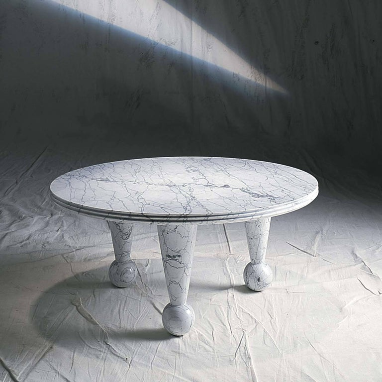 This striking coffee table is a tribute to the noble material of which is made: marble. Designed for UpGroup by Nannetti in 1997, it is a modern and bold table, characterized by merging styles and geometric shapes to create an alluring aesthetic