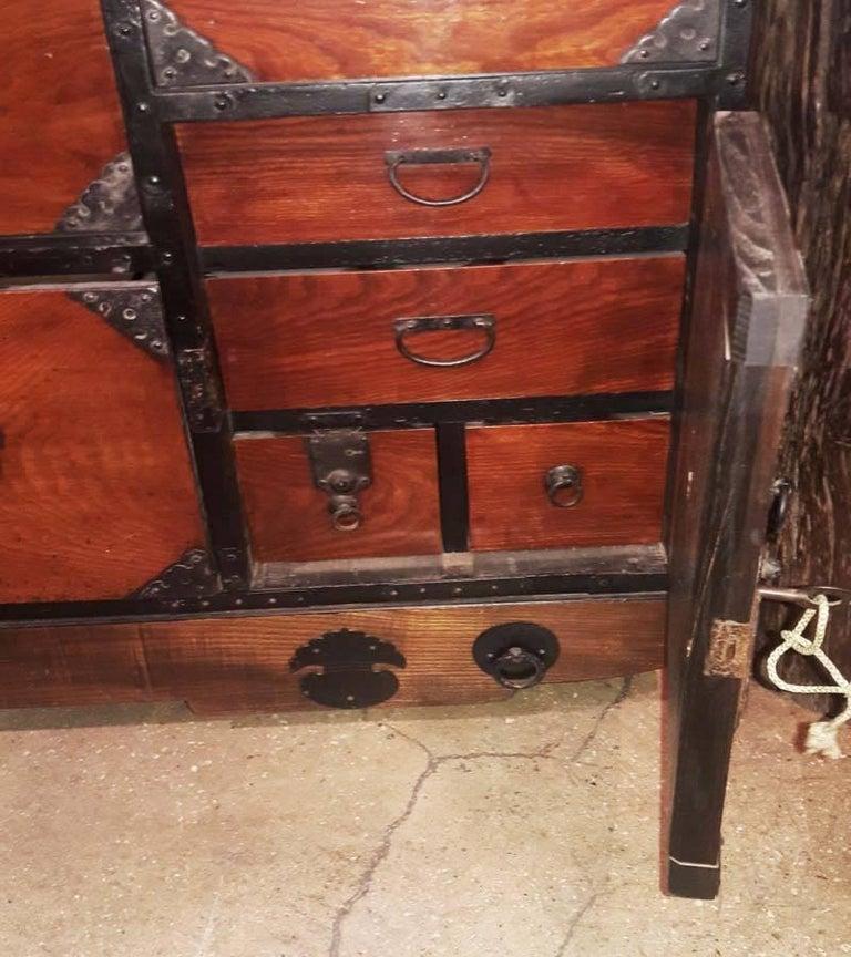 Japanese Cedar / Elm Tansu, Edo Period, Mid-18th Century For Sale 1