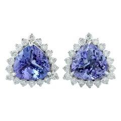 Tanzanite 18 Karat Gold Diamond Stud Earrings