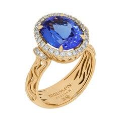 Tanzanite 4.95 Carat Diamonds 18 Karat Yellow Gold Ring