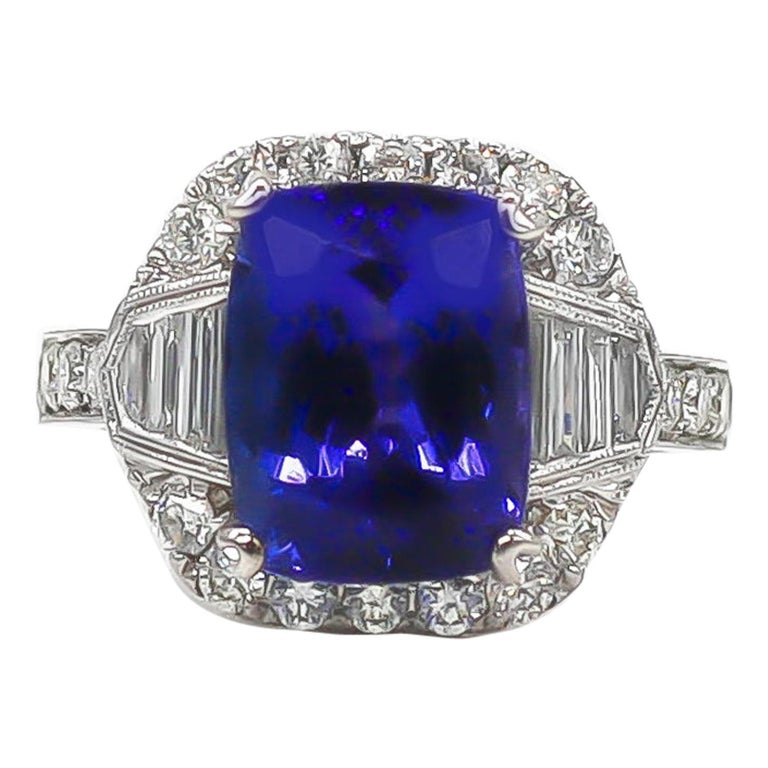 Tanzanite 6.88 Carat and Diamonds 1.20 Carat Ring For Sale