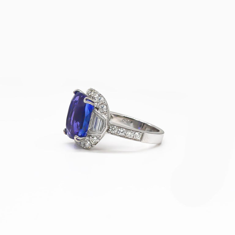 Tanzanite 6.88 Carat and Diamonds 1.20 Carat Ring In Excellent Condition For Sale In Carlsbad, CA